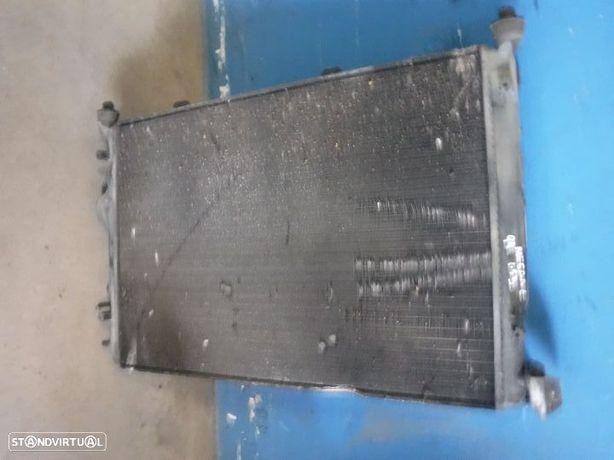 Radiador com Termo-ventilador Renault Megane 1 1.9D 7700433728