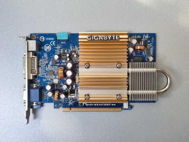 Видеокарта GIGABYTE GeForce 7600 GT 256 Мб DDR2 PCI-Ex 16x