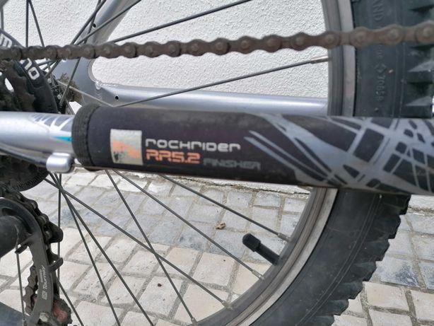 Bicicleta rockrider cinzenta