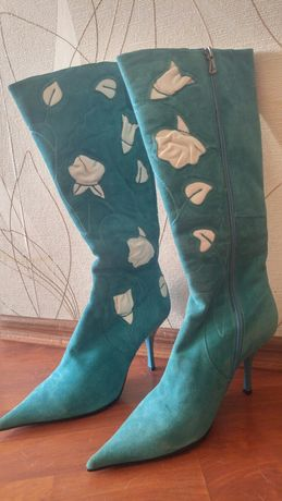 Шкіряні жіночі чобітки