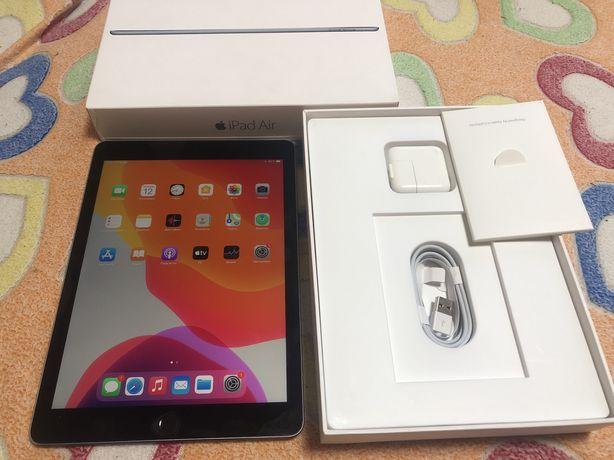 iPad air 2 64gb, идеал, комплект