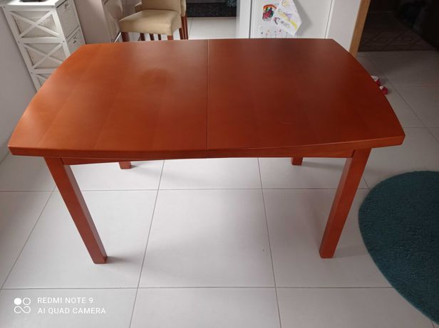 Stół rozkładany drewniany plus 6 krzeseł