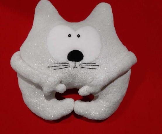 Подарок кото-подушка