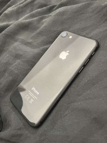 iPhone 8, 64GB, stan bardzo dobry