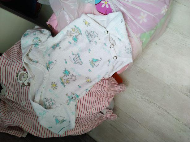 Вещи на девочку от 0-6 месяцев