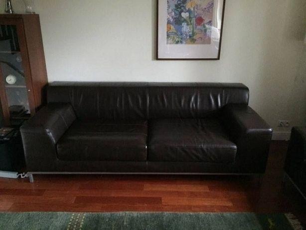 Kultowa sofa skórzana Ikea KRAMFORS (3-os)