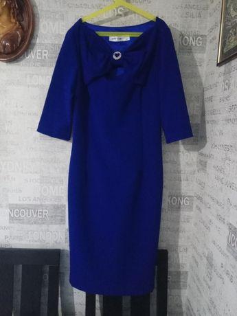 Продам сукню р. 44-46