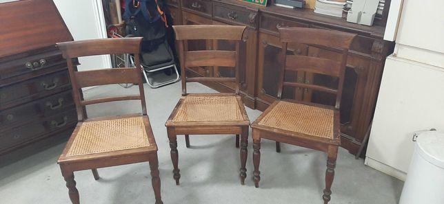 Conjunto de seis cadeiras