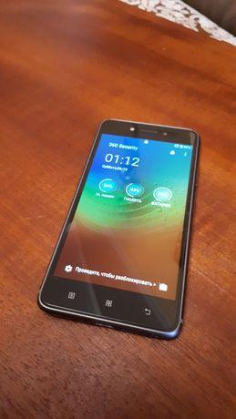 Мобильный телефон Lenovo S90