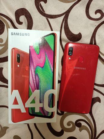 Телефон Samsung galaxy A40 4/64