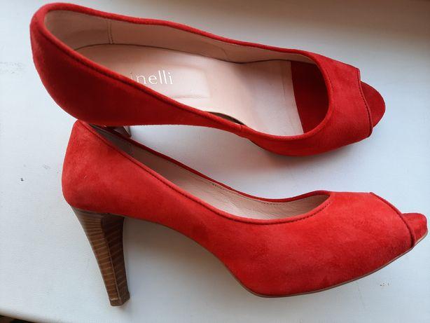 Коралловые новые туфли фирмы Minelli, натуральные (24,5 см)