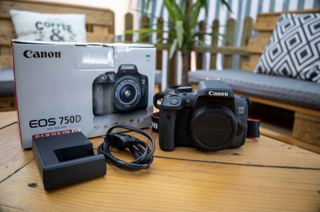 Canon EOS 750D + 18-55mm