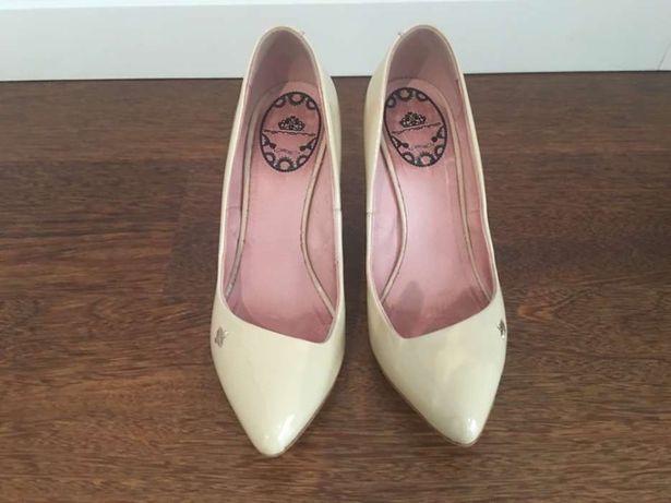 Sapatos fornarina tamanho 36