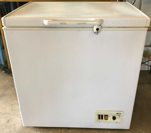Arca congeladora - Usada - 200 Lts