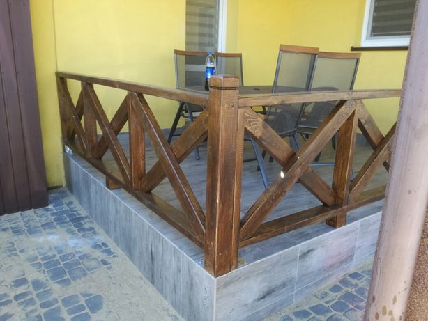Balustrada drewniana zabudowa tarasu