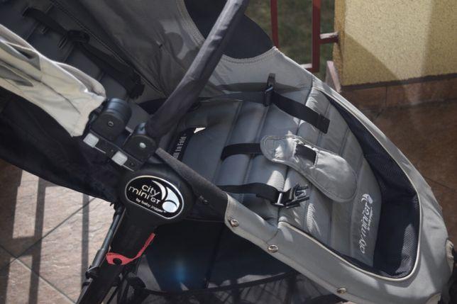 Wózek Baby Jogger City Mini GT z gondolą Deluxe+ adaptery