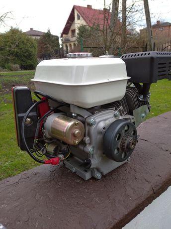 Silnik spalinowy 4 suwowy, nowy.