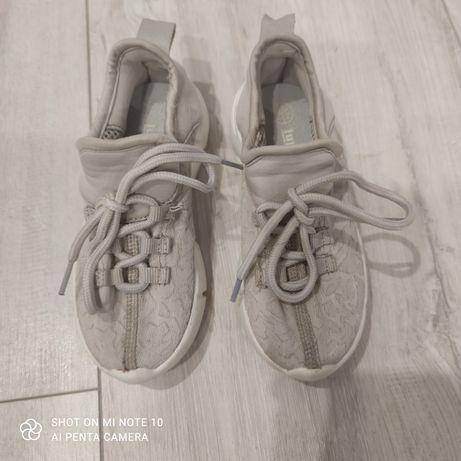 Buty sportowe dziewczęce roz. 27