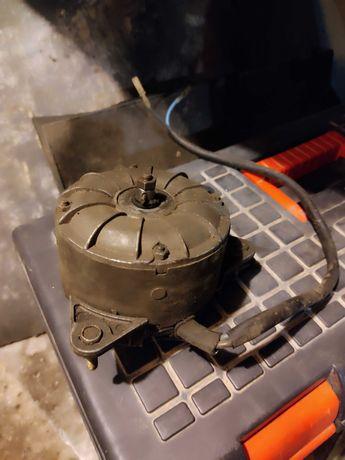 Электродвигатель радиатора охлаждения ВАЗ