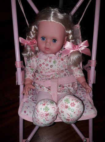 Wózek z lalką śliczny