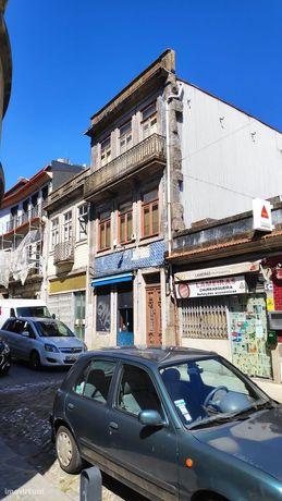 Prédio na Trindade (Porto)