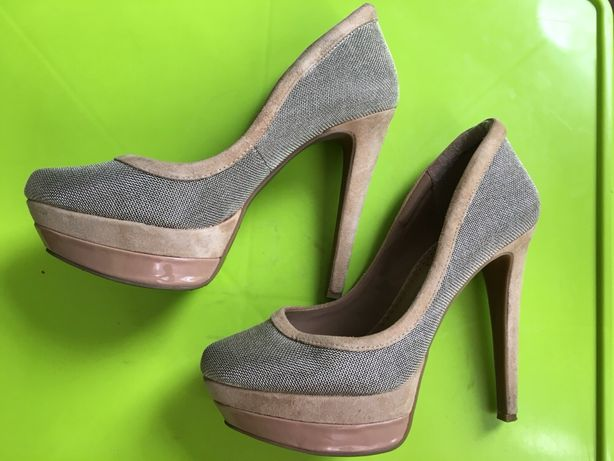 Продам туфли беж с серебром р.38