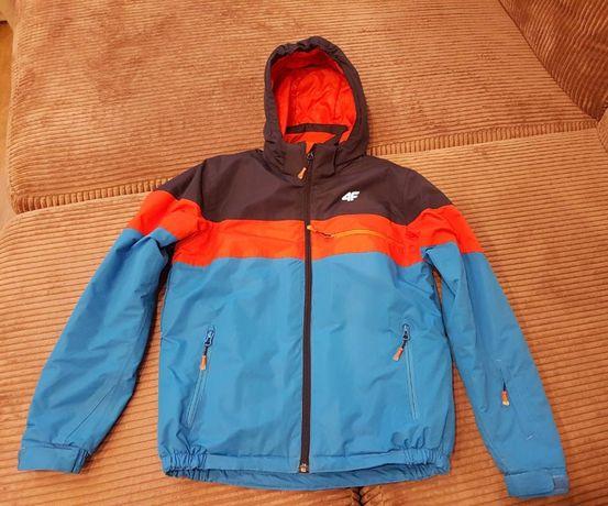 Горнолыжная куртка 4F (оригинал) на рост 158