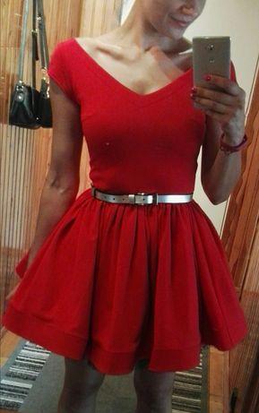 Rozkloszowama czerwona sukienka na studniówkę KATE Sukienkowo S