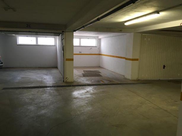 Lugar de garagem Possibilidade de portão Condomínio Rua Serpa pinto
