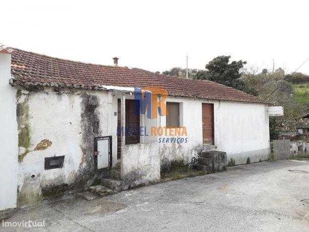 V4 p/remodelação a 30min Lisboa Oferta 1 Voucher 5dias férias