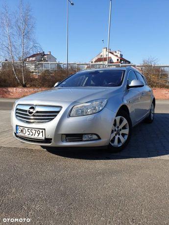Opel Insignia Opel Insignia/ Panoramiczny dach/ Grzane siedzenia, kierownica/ Xenon