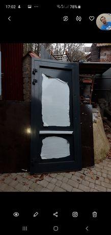 Drzwi wejściowe biuro dom garaz