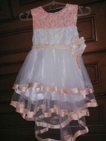Продам нарядное платье на 2 годика