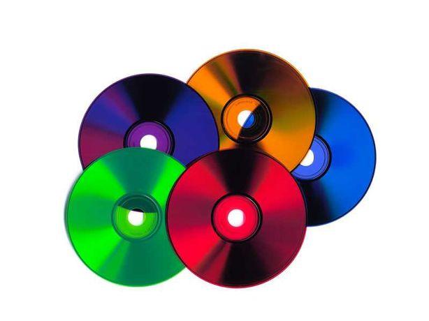 СD -RW . и DVD-RW диски  и кейс - 170 руб за всё