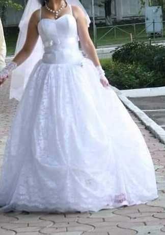 Продам свадебное платье (Гиппюр)