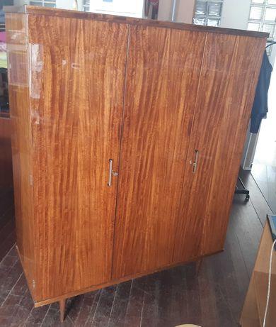 Retro Vintage Antigo Roupeiro Madeira Vidrada