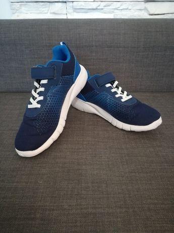 Buty Granatowe z białą podeszwą(nowe) rozm. 37