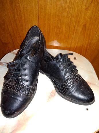 Чёрные туфли для мальчика