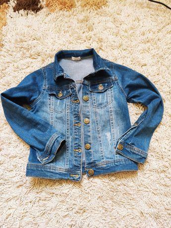 Джинсовая куртка для девочки Bembi
