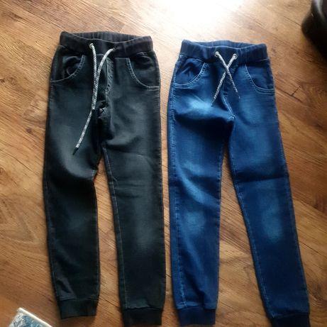 Spodnie dżinsowe 134 firmy GT dwie sztuki