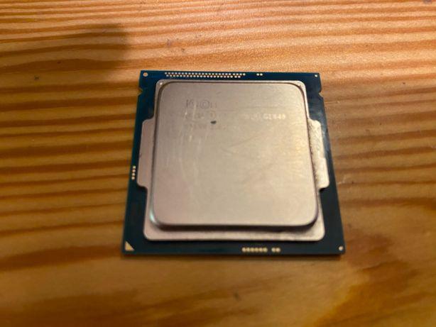 Używany, sprawny procesor Celeron G1820 pod LGA 1150.