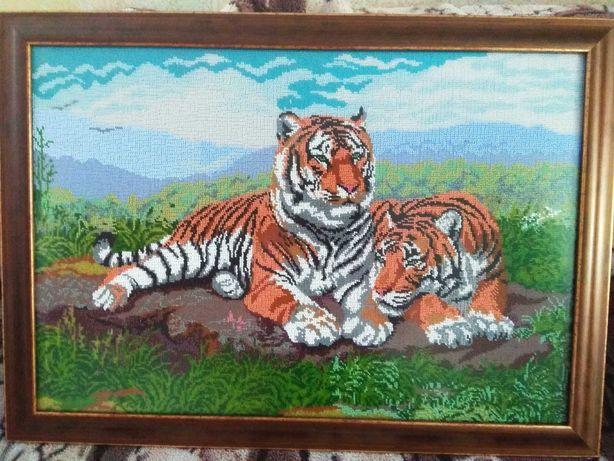 Картина вишита повністю бісером Пара тигрів  розмір 50*68