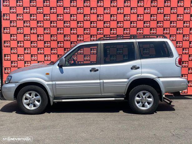 Viatura para PEÇAS Nissan Terrano II 3.0 DI 04´