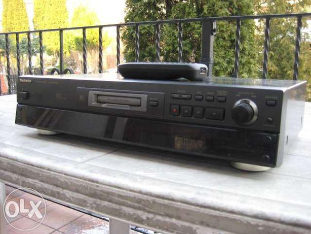 Technics Mini Disc Model SJ-MD100