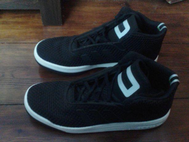 Buty sportowe Adidas nr 44 2/3 28.5 cm