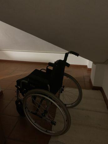 Cadeira de rodas criança