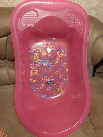 Ванночка дитяча зі зливом
