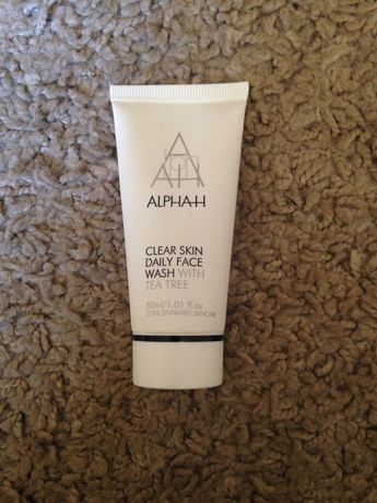 Alpha H Clear Skin daily face wash zel do mycia twarzy