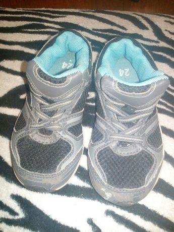 БЕСПЛАТНО Детские кроссовки 24 размер
