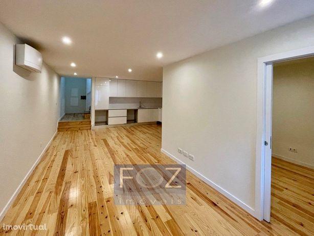 Apartamento T1+1 novo - à Rua de Cedofeita